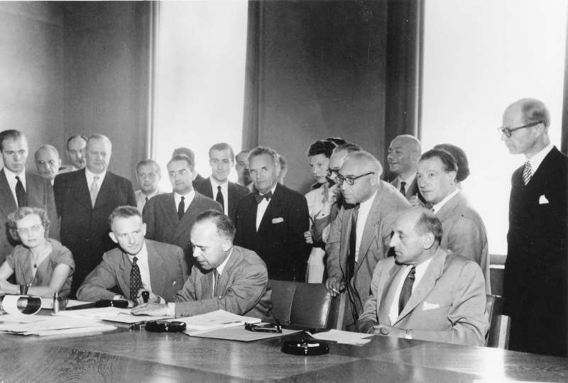 1951 UN Refugee Convention signing