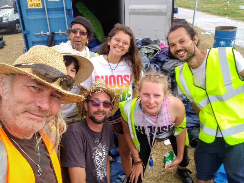 Help Refugees volunteers salvaging at Glastonbury